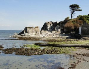 Holiday cottages near Lee Bay – Luvverly !